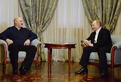 Президент Белоруссии Александр Лукашенко и президент России Владимир Путин, 5 февраля