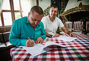 Мэр болгарского города Калофер Румен Стоянов и мэр Коктебеля Олег Содель
