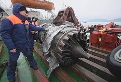 Подъем обломков самолета Ту-154 Минобороны РФ со дна Черного моря у побережья Сочи, 29 декабря 2016 года