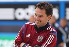 Тренер сборной России по пляжному футболу Михаил Лихачев