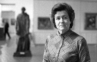 Ирина Антонова в ГМИИ имени Пушкина, 1973 год