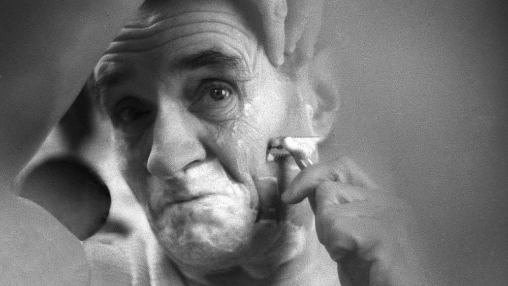 Георгий Милляр готовится к исполнению роли. Фото ИТАР-ТАСС/ Валерия Генде-Роте