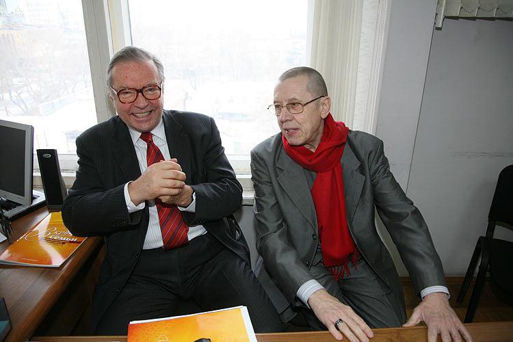 Режиссер Кшиштоф Занусси и актер Валерий Золотухин (слева направо). 2011 год