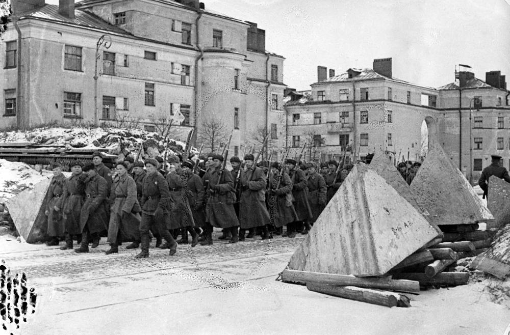 Дорога на фронт.пр.Стачек. Ноябрь 1942 г.