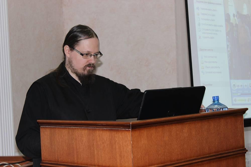 Дьякон Георгий Максимов, миссионер, организатор выставки