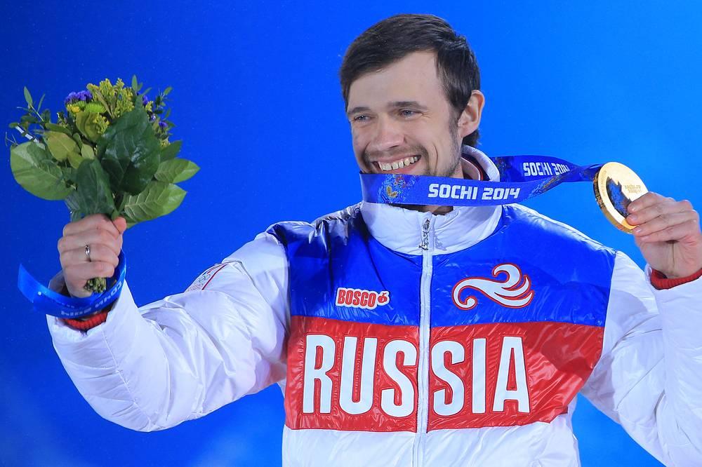 Скелетонист Александр Третьяков завоевал золото Олимпиады в Сочи с результатом 3 минуты 44,29 секунды. В Ванкувере он впервые в истории отечественного скелетона выиграл медаль – бронзу