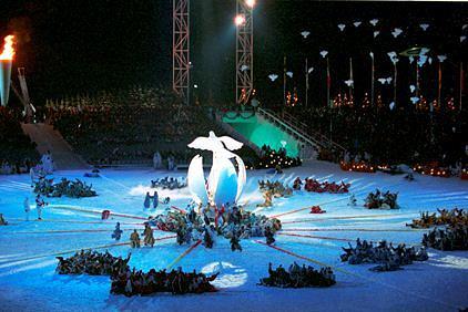 Церемония закрытия в Лиллехаммере, Норвегия, 1994 год. XVII зимние Олимпийские игры прошли с 12 по 27 февраля