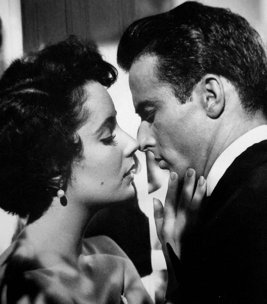 """Поначалу критики относились скептически к актерским способностям Тейлор, но ее участие в драме """"Место под солнцем"""" (1951) с Монтгомери Клифтом заставило их изменить свое мнение"""