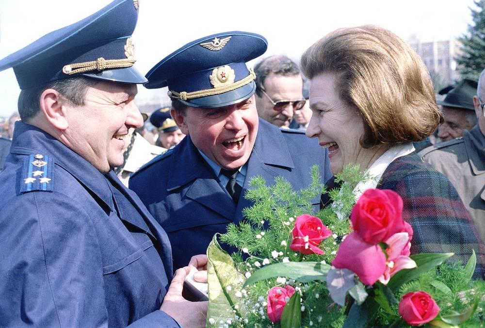 Космонавты Валентина Терешкова, Александр Волков и Виктор Афанасьев. 1996 год