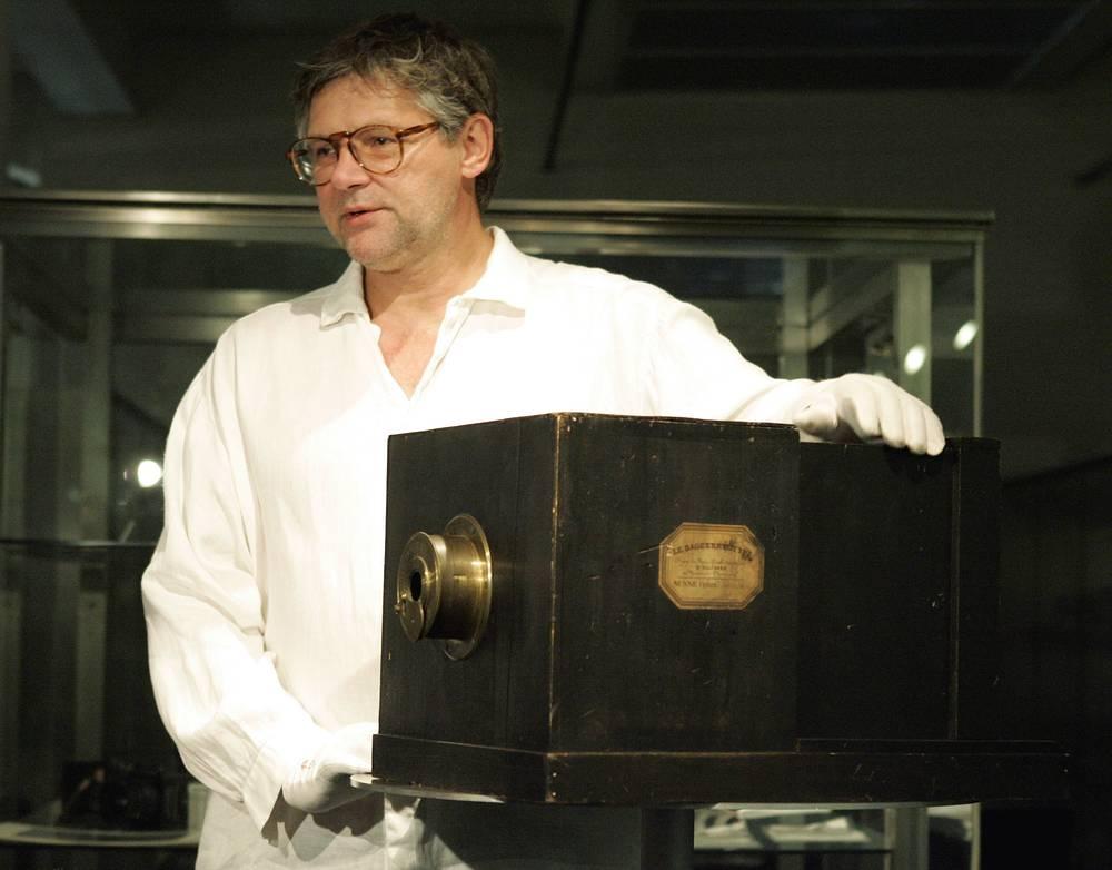 Дагерротипная камера братьев Сюсс была продана за €588,613 тыс. на аукционе WestLicht 27 мая 2007 года
