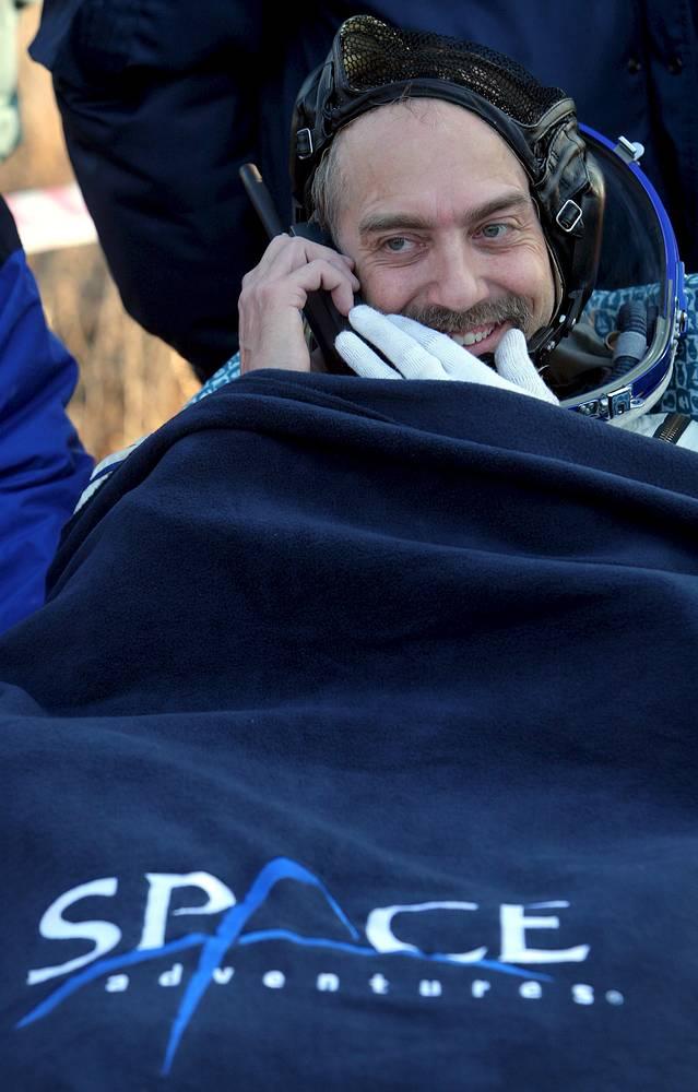 Сын астронавта NASA Оуэна Гарриота Ричард стал первым туристом на МКС, проводившим научные эксперименты по заказам коммерческих организаций, в частности по выращиванию белковых кристаллов
