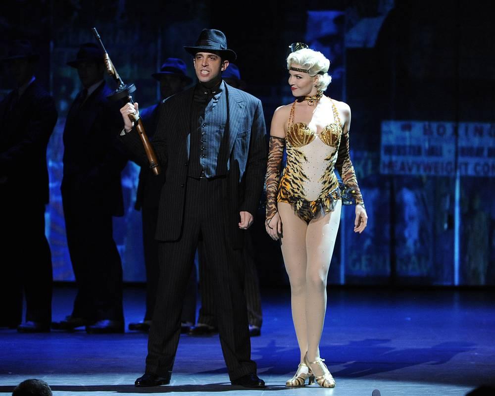 """Отрывок из спектакля """"Пули над Бродвеем"""" на церемонии Tony Award"""