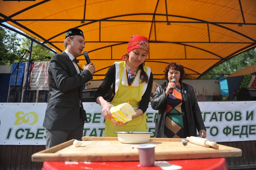 Конкурс на лучшее национальное блюдо - традиционный в списке мероприятий Сабантуя