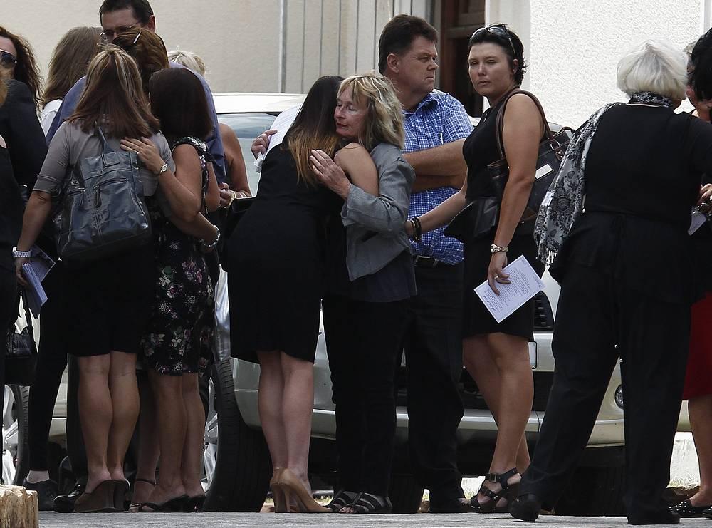 Похороны Ривы Стинкамп