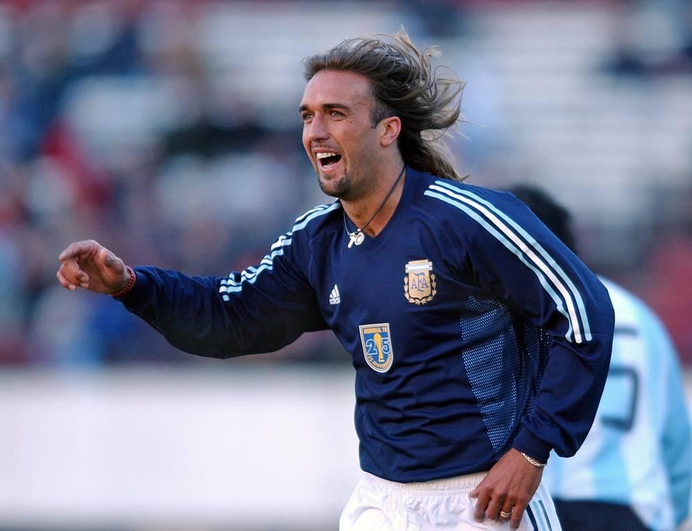 Габриэль Батистута (Аргентина, №9) - 10 голов. Участник чемпионатов мира 1994, 1998, 2002 годов. В 2002 году Батистута забил свой последний мяч на чемпионатах мира в матче с Нигерией
