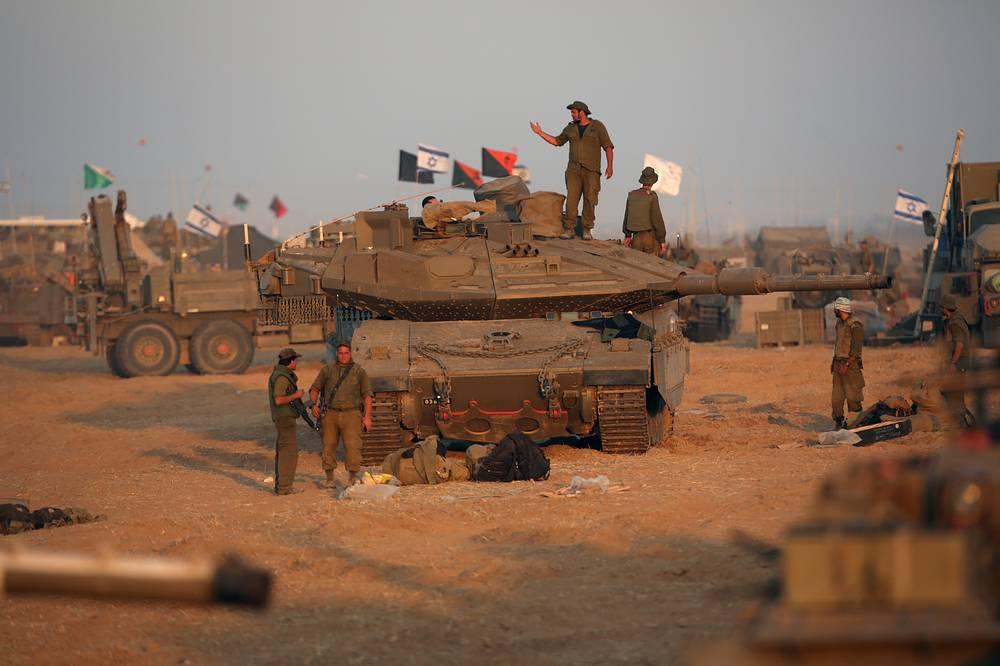Солдаты израильской армии на границе с сектором Газа