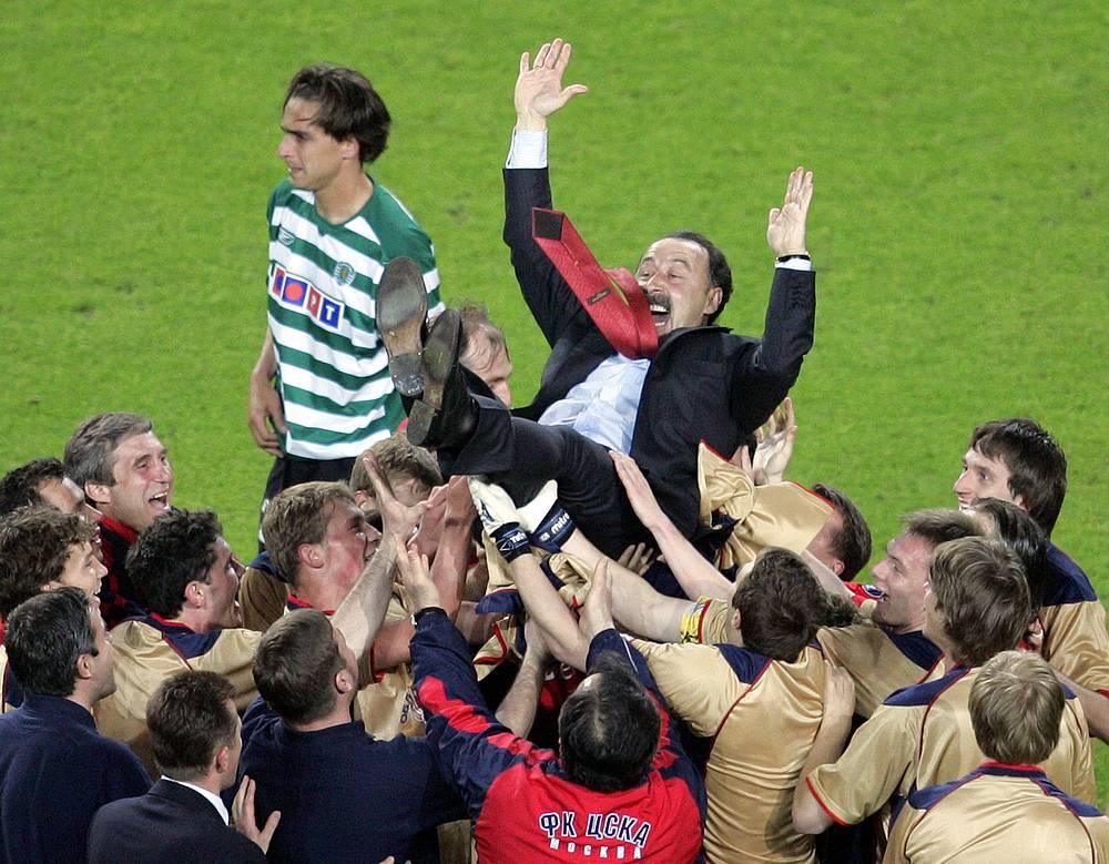 Валерий Газзаев - единственный российский тренер, завоевывавший еврокубок