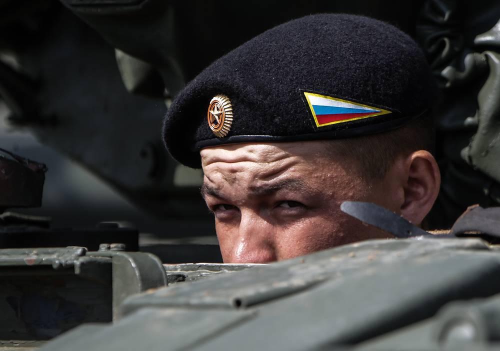 Член танкового экипажа из России