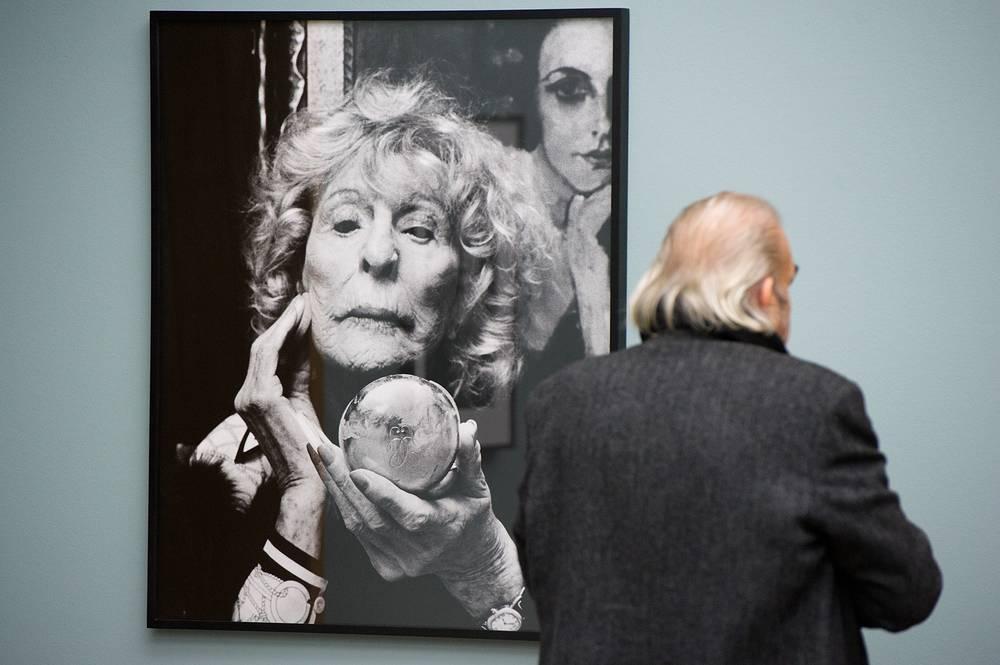 """Хельмут Ньютон. """"Портрет Лени Рифеншталь"""", 2000 год"""