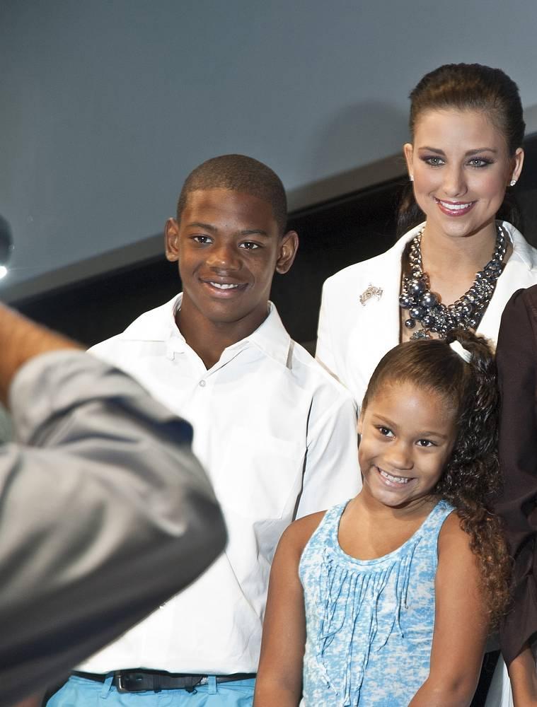 """""""Мисс Америка-2012"""" Лора Кэппелер, штат Висконсин. После получения титула помогала детям, чьи родители находятся в заключении"""