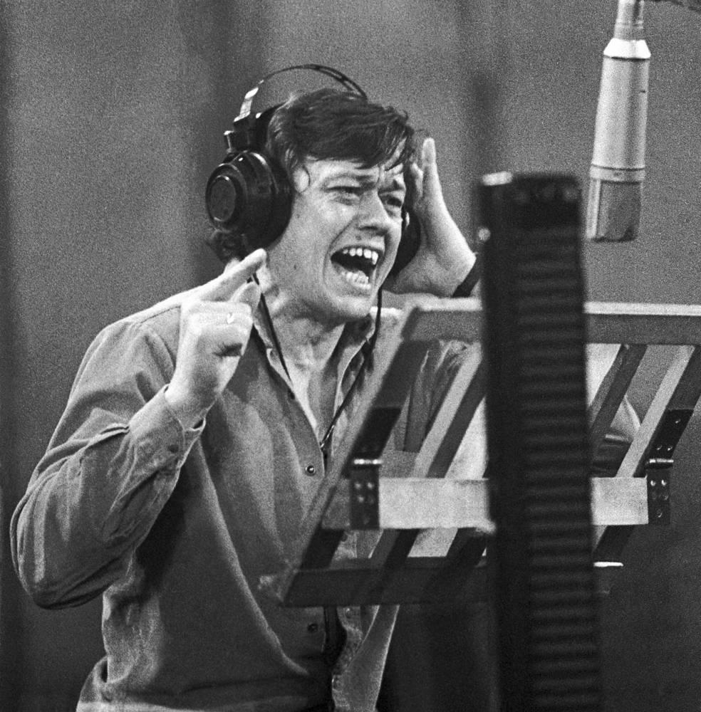 Николай Караченцов записывает новую песню, 1985 год