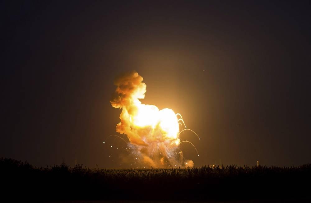 Специалисты NASA не располагают информацией о том, неисправность какого элемента в конструкции ракеты Antares привела к ее крушению во время запуска