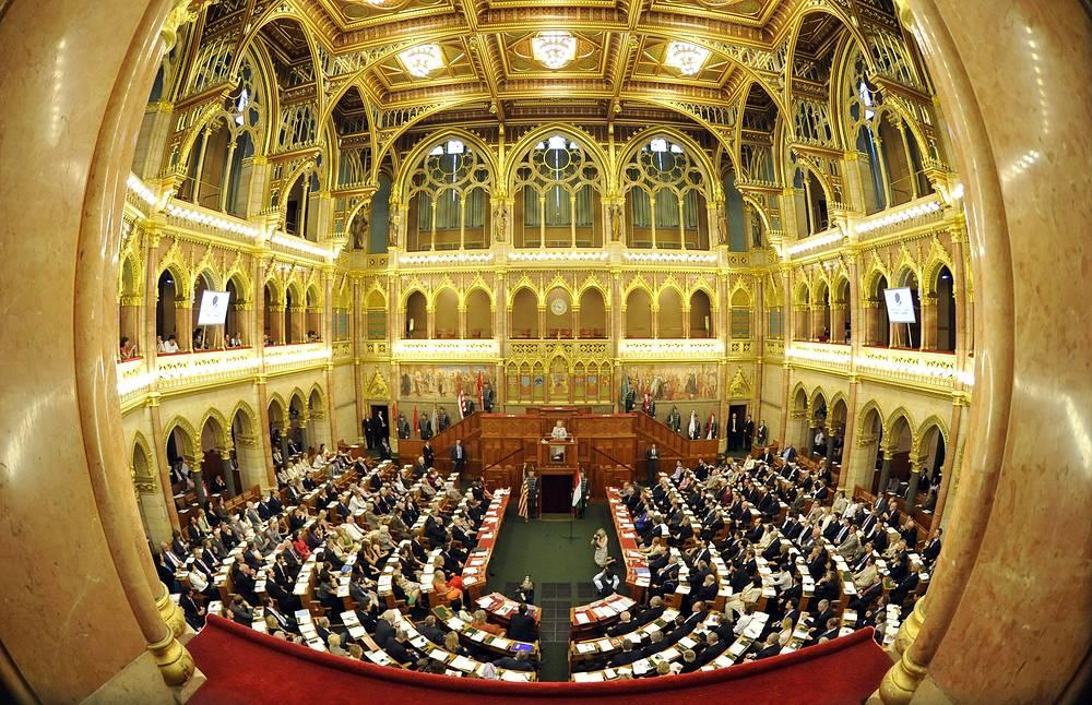 В парламенте Венгрии