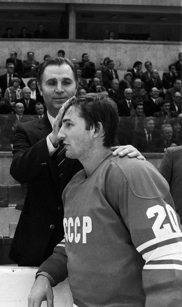 Виктор Тихонов и Владислав Третьяк. 1981 год