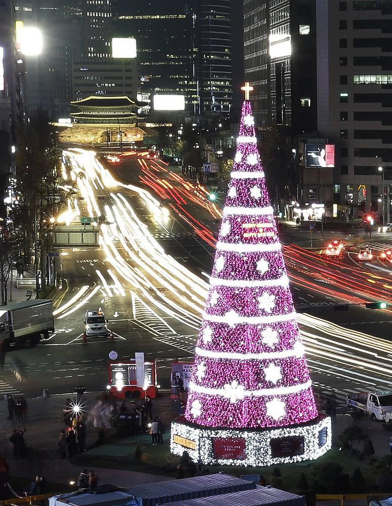 Праздничная елка в Сеуле, Южная Корея