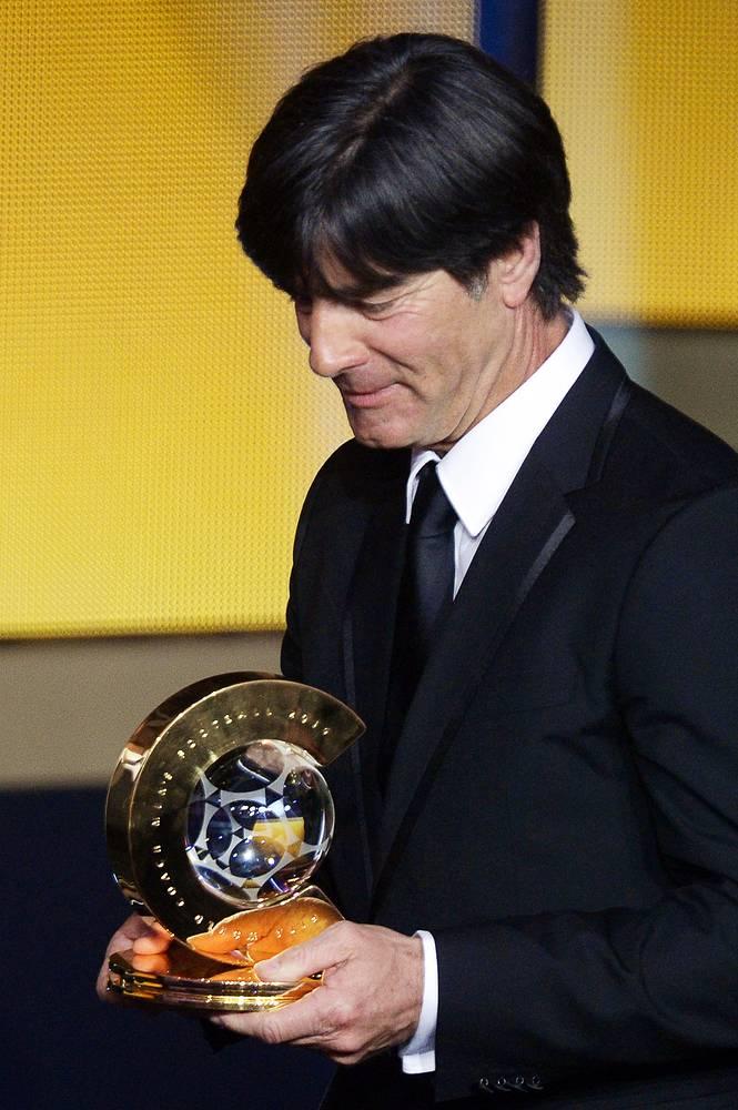 Йоахим Лев, приведший сборную Германии к победе на ЧМ, стал лучшим тренером 2014 года
