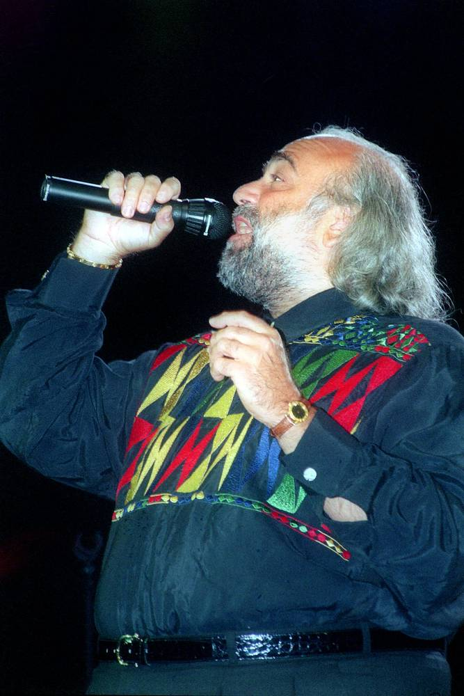 Демис Руссос на концерте в Государственном Кремлевском дворце в Москве. 1994 год