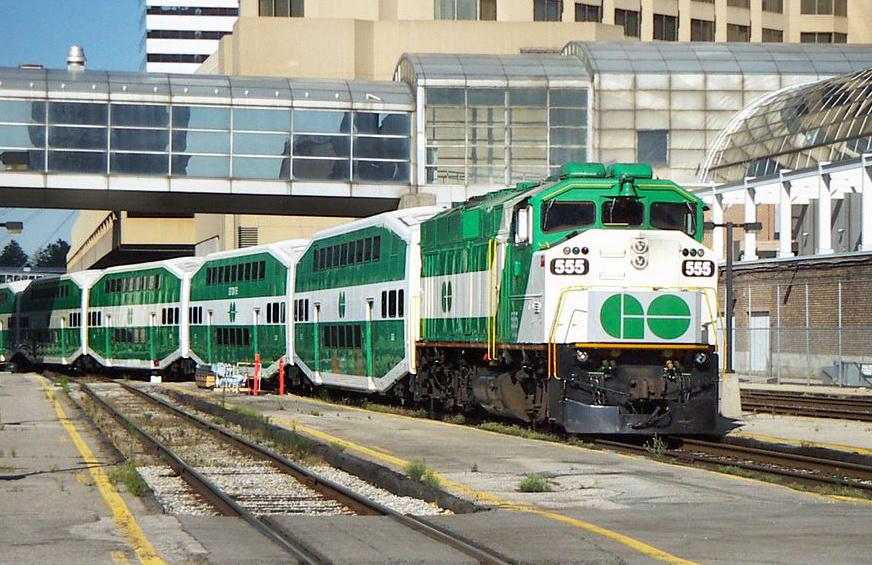 Поезд MultiLevel Coach предназначен для эксплуатации в Канаде и США. Вместимость - 136-276 человек (в зависимости от  длины состава и рассадки). Максимальная скорость движения - 160 км/ч