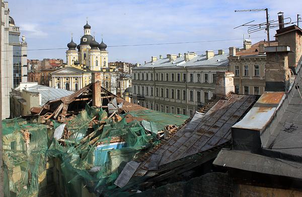 Состояние крыши дома в 2011 году