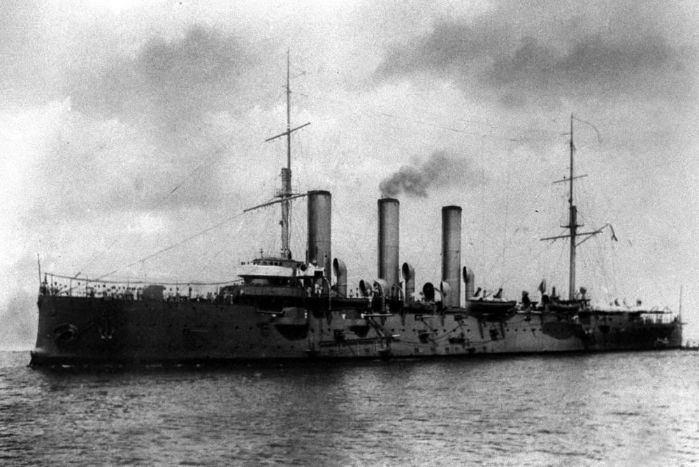 """Крейсер """"Аврора"""", 1912 год. В октябре 1917 года с этого крейсера революционные матросы стреляли по Зимнему Дворцу"""