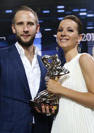 Лауреат премии ТЭФИ телеведущая Дарья Златопольская