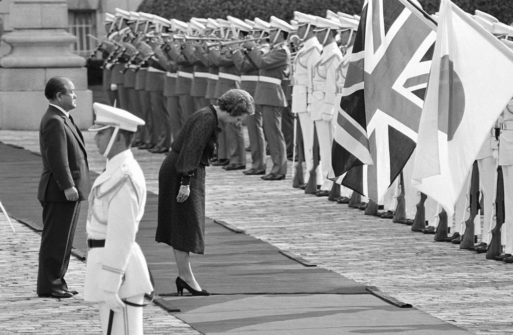 """""""Я не возражаю, если мои министры много говорят, главное, чтобы они делали так, как я сказала"""", - говорила Тэтчер. На фото: Маргарет Тэтчер во время визита в Японию, 17 сентября 1982 года"""