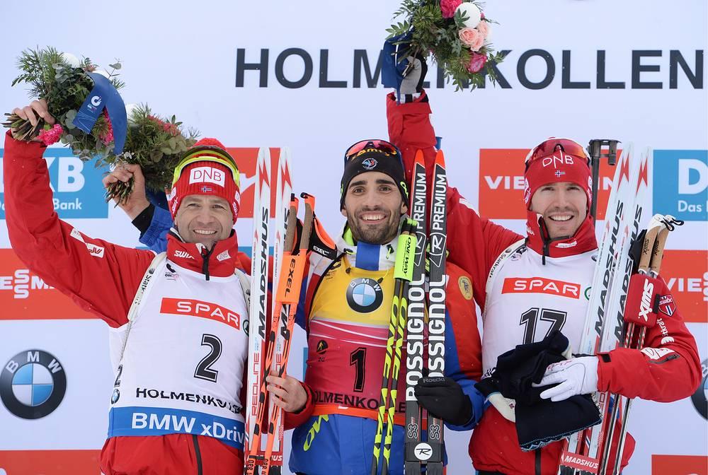 Уле-Эйнар Бьорндален, Мартен Фуркад и Эмиль Хегле Свендсен во время церемонии награждения по итогам гонки преследования