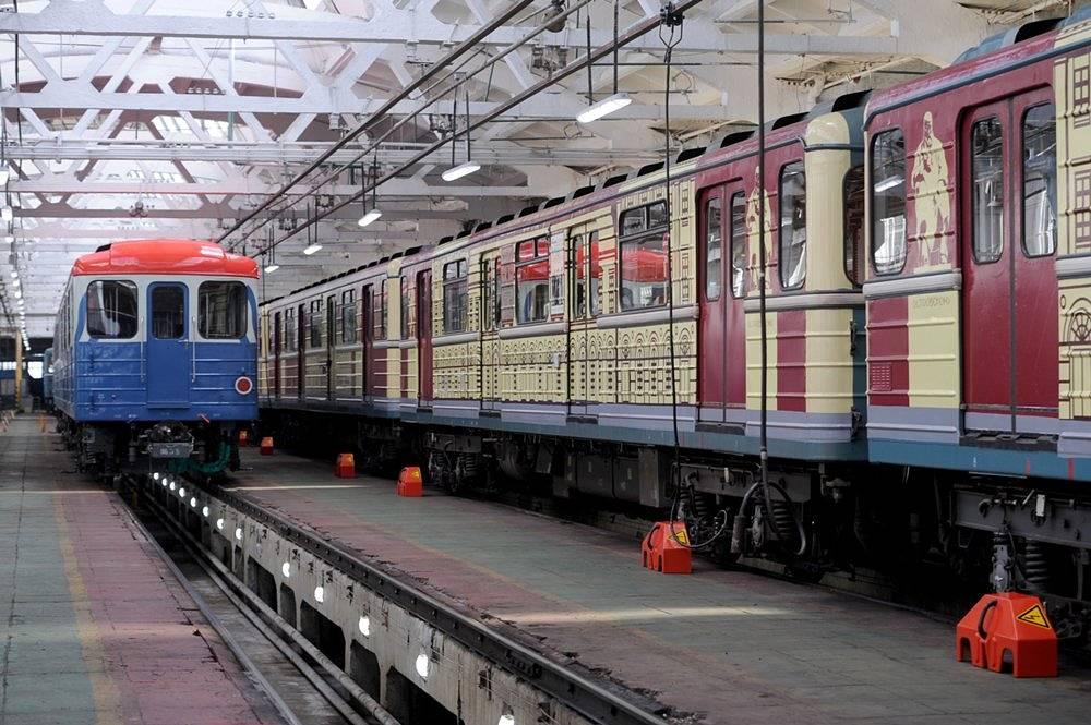 НаЗамоскворецкой линии метро пустили «театральный» поезд