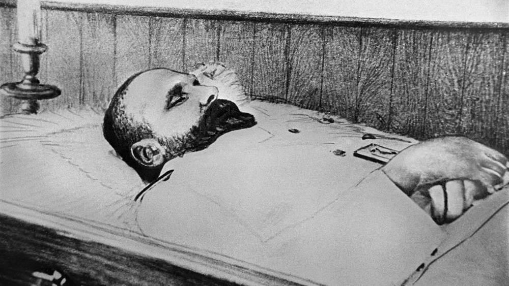 Премьер-министр России Петр Столыпин в гробу на второй день после убийства, 1911 год