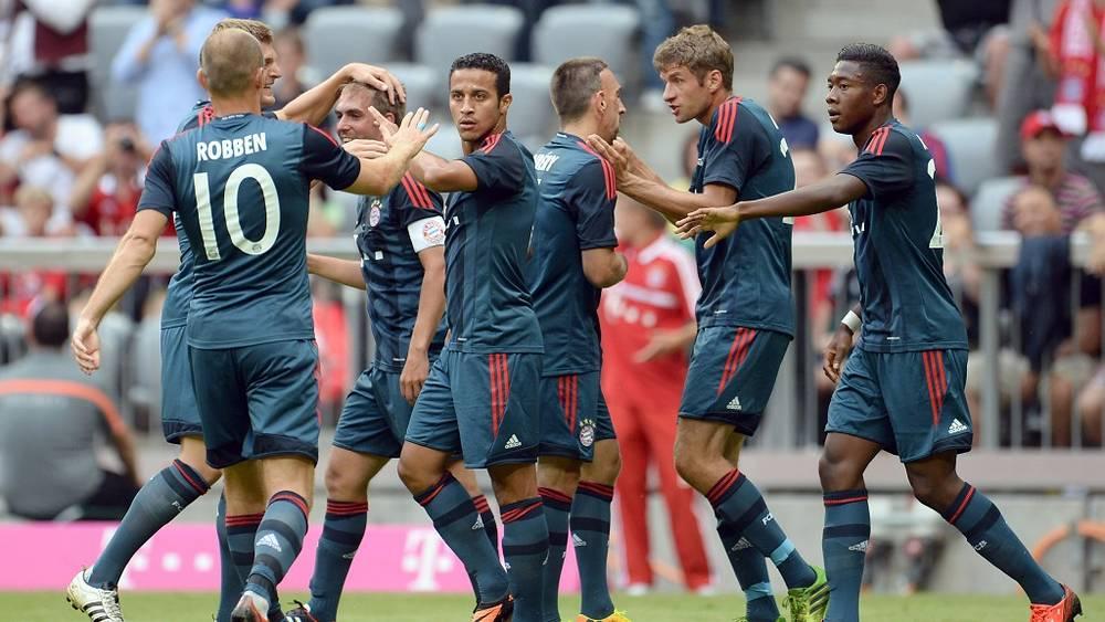 Мюнхенцы радуются забитому голу