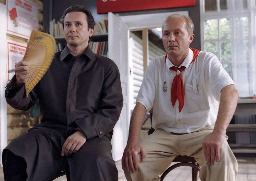 Кадр из кинофильма «Утомленные солнцем»