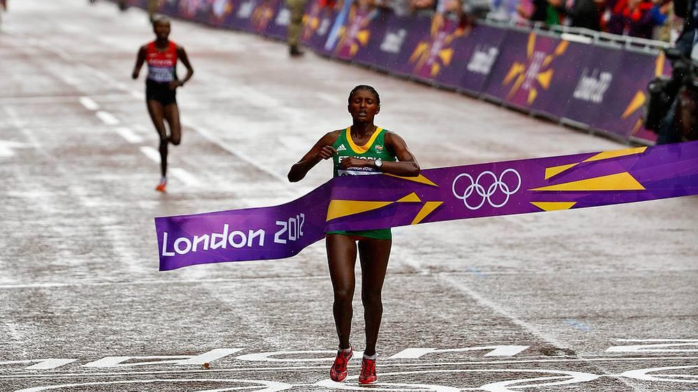 Победитель марафонской дистанции Тики Гелана, Эфиопия