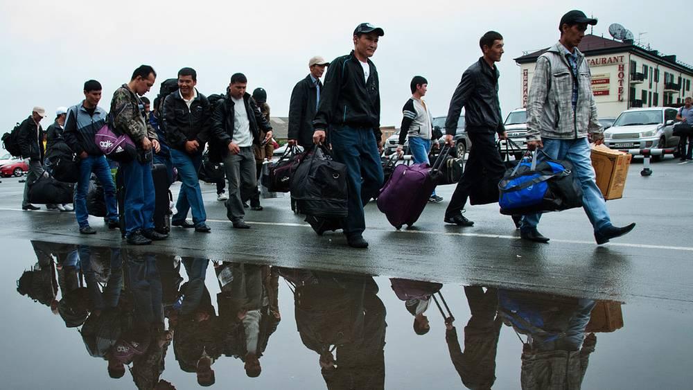 Отъезд строителей объектов саммита АТЭС из Владивостока