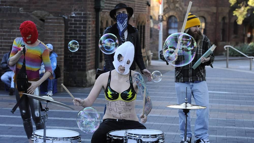 Акция в поддержку Pussy Riot в Сиднее