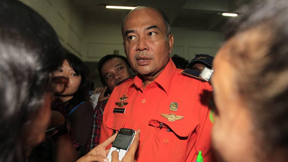 Представитель Национального поисково - спасательного агентства Индонезии Гага Пракосо