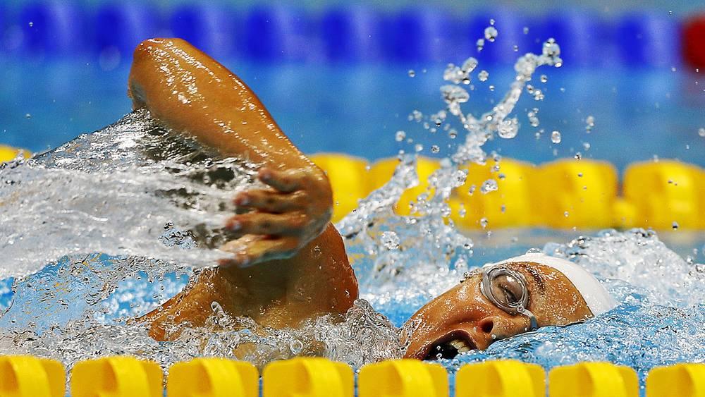 На дистанции Оксана Савченко (Россия) - 1 место в комплексном плавании на 200 м