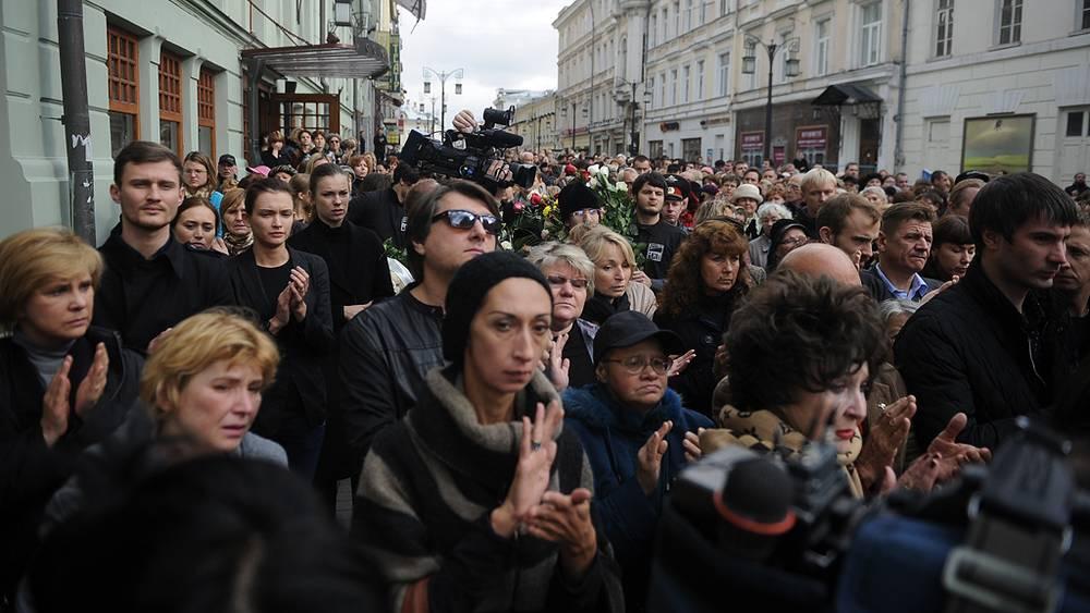 Церемония прощания с актрисой в МХТ им. А.П.Чехова
