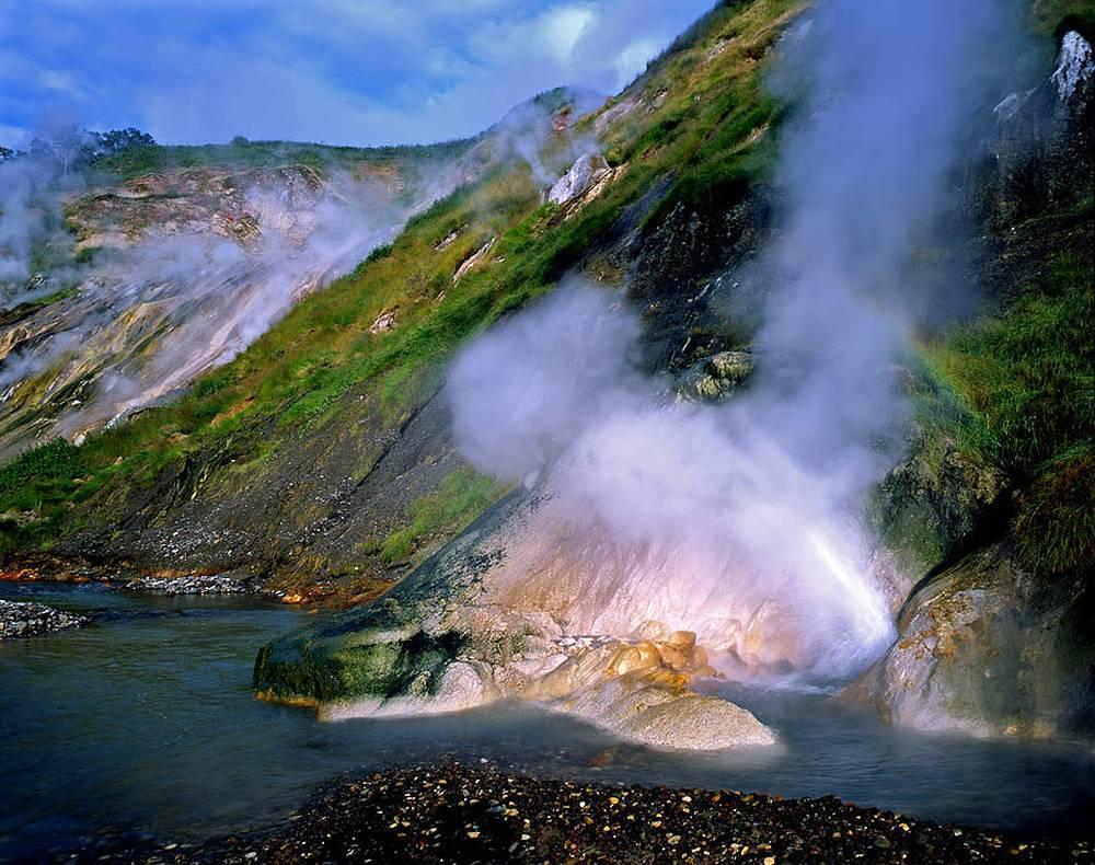 Гейзер Малахитовый. Долина гейзеров на Камчатке