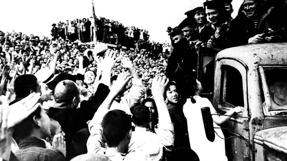 Советские солдаты в Харбине. 1945. Фото ЦГАФК