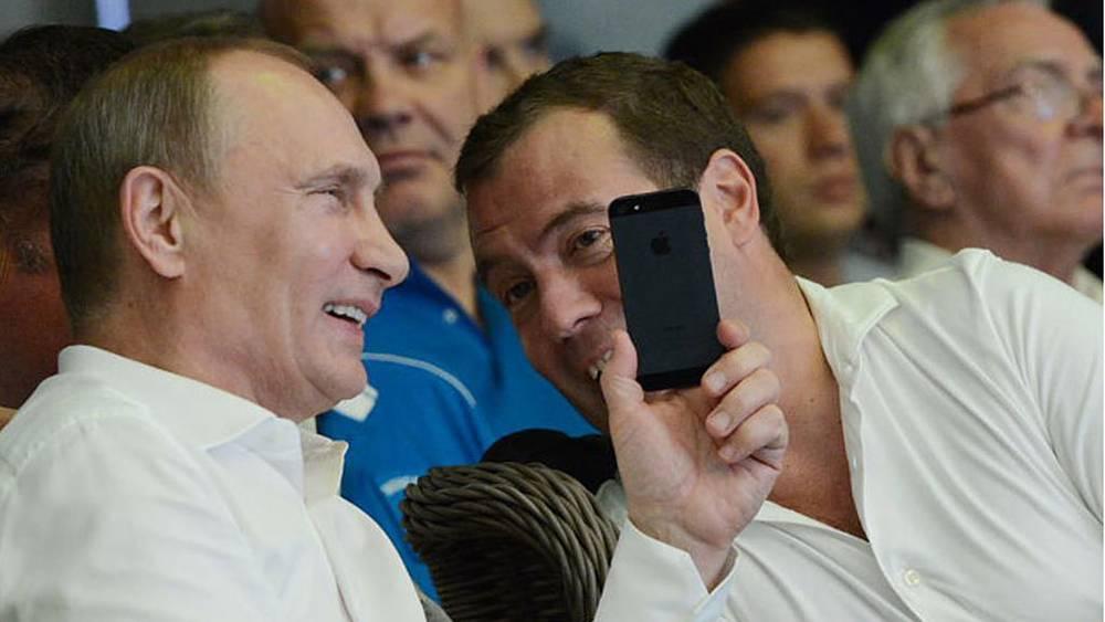 Владимир Путин и Дмитрий Медведев. Фото ИТАР-ТАСС/ Иван Писаренко